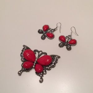 Jewelry - Charm and Earring Set